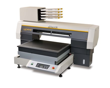 The A2 sized Mimaki UJF-6042 is one of the machines to benefit from the two year warranty until the end of May 2015