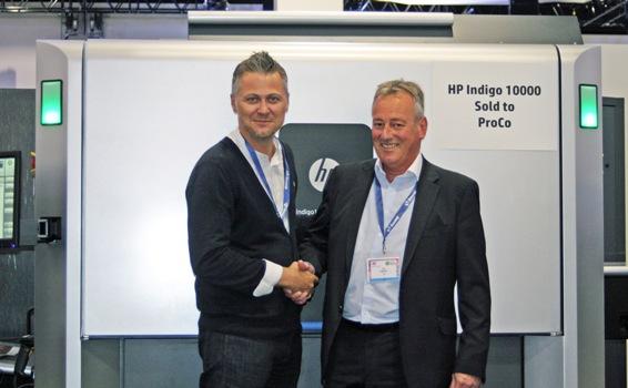 Jon Bailey, Managing Director, ProCo confirms the sale of the HP Indigo 10000 Digital Press at the Dscoop EMEA conference 2015