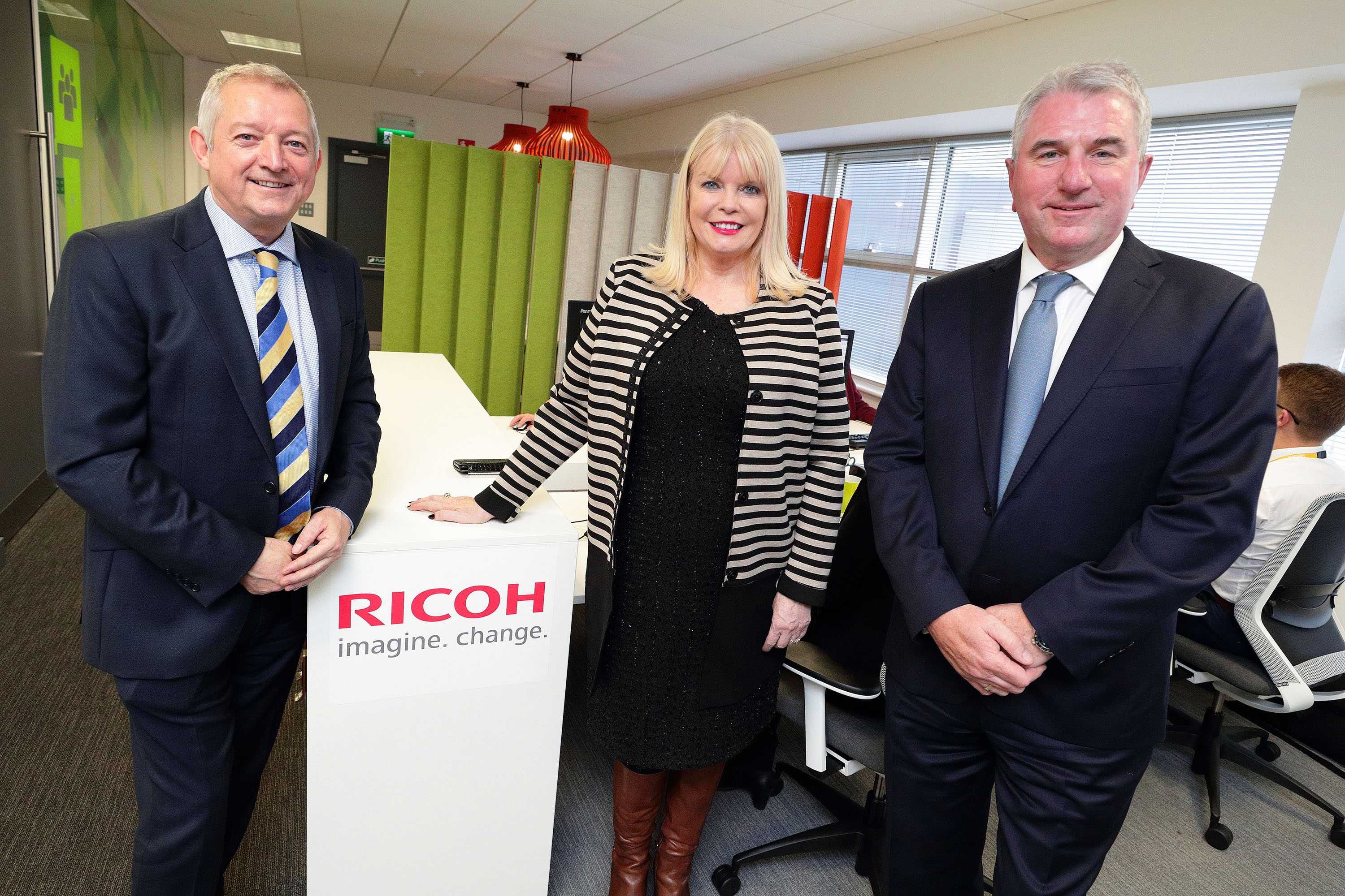 (3)	Pictured at the opening of Ricoh's new Irish headquarters in Airside Business Park, Swords, Co. Dublin are (L to R) Gary Hopwood, General Manager, Ricoh Ireland; Minister for Jobs, Enterprise & Innovation, Mary Mitchell O'Connor TD; and Phil Keoghan, CEO, Ricoh UK and Ireland